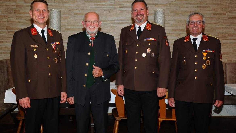 Goldener Ehrenring für Mayr Karl